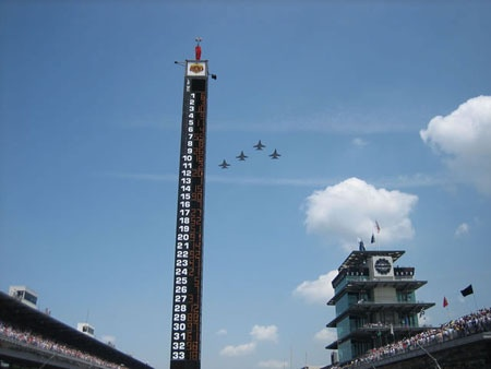 indy_500_fly_over.jpg