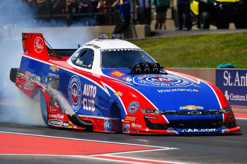 ROBERT HIGHT EXPANDS FUNNY CAR POINTS LEAD AT MILE-HIGH NHRA NATIONALS