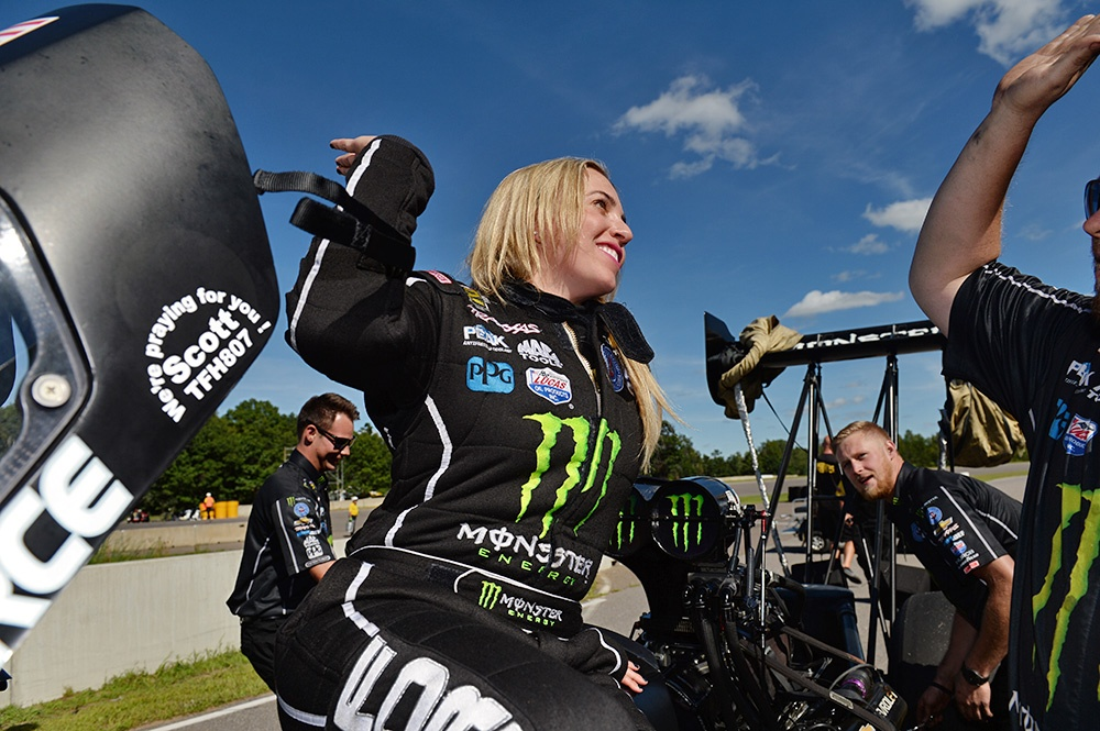 BRITTANY FORCE WINS LUCAS OIL NATIONALS; NOTCHES THIRD WIN OF 2016