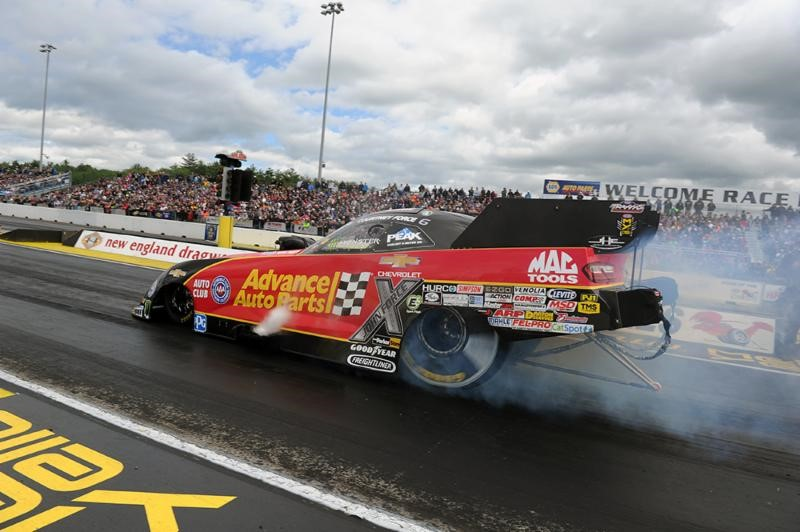 Courtney Force, John Force thankful for Simpson Performance Products